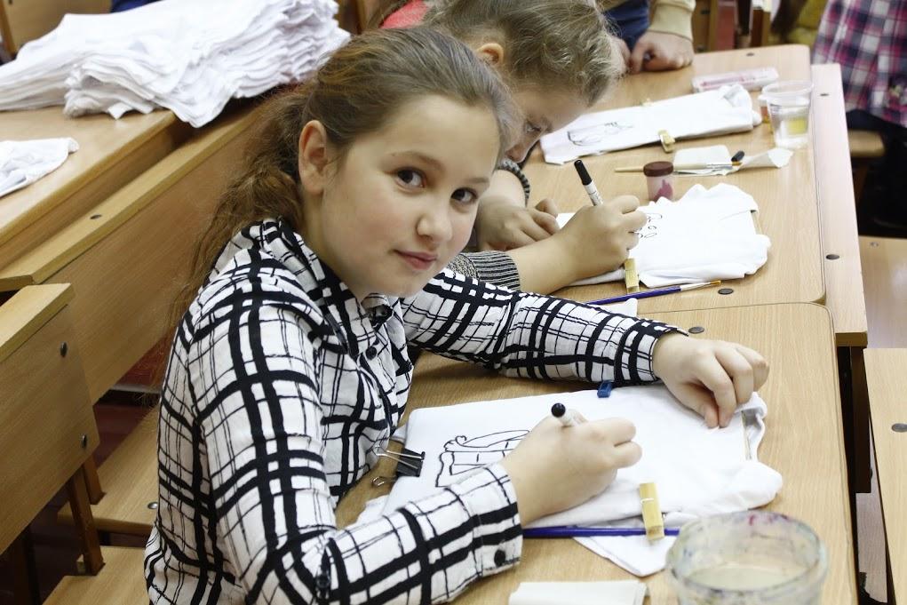 Мир дому вашему, рисовать на ткани, разрисовывать футболки
